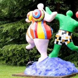 Esta semana vamos visitar um Parque de Esculturas na Suíça!